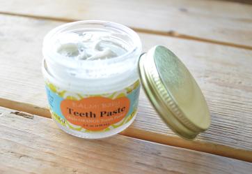 Teethpaste02